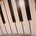 piano-keys-inspired-wall-design2-4