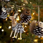 pinecones-new-year-decor-ideas2-1.jpg