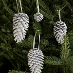 pinecones-new-year-decor-ideas2-3.jpg