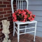 planting-flowers-in-chairs2-13.jpg