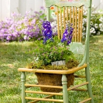 planting-flowers-in-chairs-colorful7.jpg