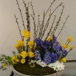 pussy-willow-and-flowers-beautiful-centerpiece7-4