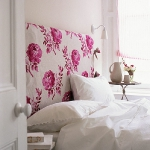 quick-accent-in-bedroom-wall-near-headboard16.jpg