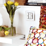 rainbow-accents-in-spanish-apartments3-11.jpg