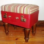 recycled-suitcase-ideas-chair1.jpg