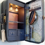 recycled-suitcase-ideas-vanity2.jpg