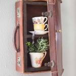 recycled-suitcase-ideas-cabinet1.jpg