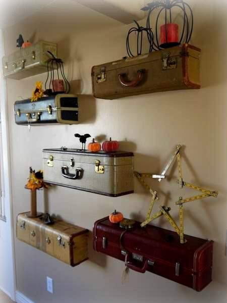 Что можно сделать из старого чемодана.  Воплотить можно очень много разных идей.  Начиная от просто хранения вещей...
