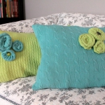 recycled-sweater-pillows-decorating1-1.jpg