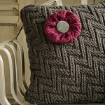 recycled-sweater-pillows-decorating1-7.jpg