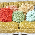recycled-sweater-pillows-decorating2-2.jpg