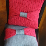 recycled-sweater-pillows-decorating5-2.jpg
