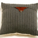 recycled-sweater-pillows-decorating6-2.jpg
