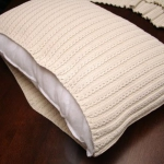 recycled-sweater-pillows-diy1-3.jpg