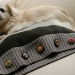 recycled-sweater-pillows-pet-bed2.jpg