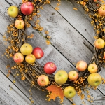 red-yellow-apples-autumn-decorations1-5.jpg