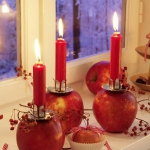 red-yellow-apples-and-candles2.jpg