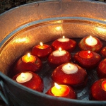 red-yellow-apples-and-candles6.jpg
