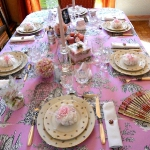 retro-ladies-style-in-art-de-la-table1-2.jpg