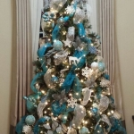 ribbon-on-christmas-tree-ideas15
