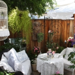 shabby-chic-in-patio-design1