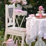 shabby-chic-in-terrace-design-fabrics1-3