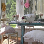 shabby-chic-in-terrace-design-fabrics1-7
