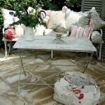 shabby-chic-in-terrace-design-furniture1-2