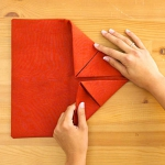 shaped-napkins-step-by-step2-3.jpg