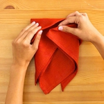 shaped-napkins-step-by-step3-4.jpg