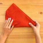 shaped-napkins-step-by-step4-4.jpg
