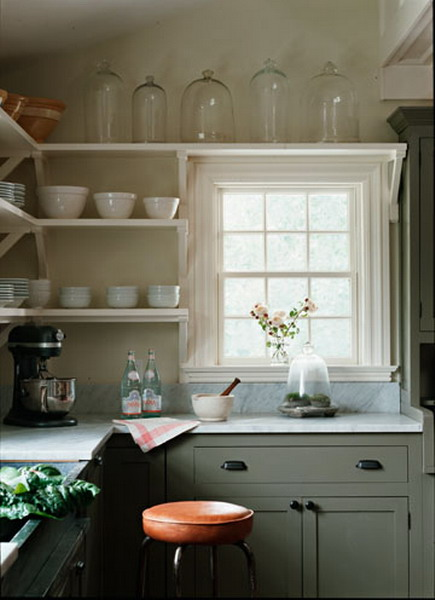 http://www.design-remont.info/wp-content/uploads/gallery/shelves-above-kitchen-windows1/shelves-above-kitchen-windows1-3.jpg