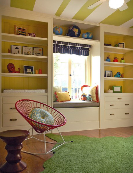 http://www.design-remont.info/wp-content/uploads/gallery/shelves-above-windows-misc3/shelves-above-windows-in-kidsroom3.jpg