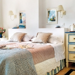 shelves-around-headboard-niches2.jpg