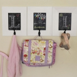 simple-clothes-hooks-decorating-ideas3-2