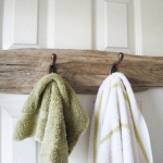 simple-clothes-hooks-decorating-ideas4-4