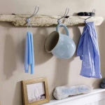 simple-clothes-hooks-decorating-ideas5-1