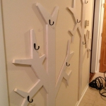 simple-clothes-hooks-decorating-ideas5-5