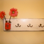 simple-clothes-hooks-decorating-ideas6-4