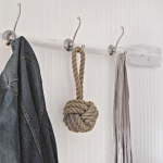simple-clothes-hooks-decorating-ideas7-3