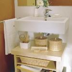 smart-storage-in-wicker-baskets-bathroom1.jpg
