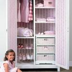 smart-storage-in-wicker-baskets-kidsroom2.jpg