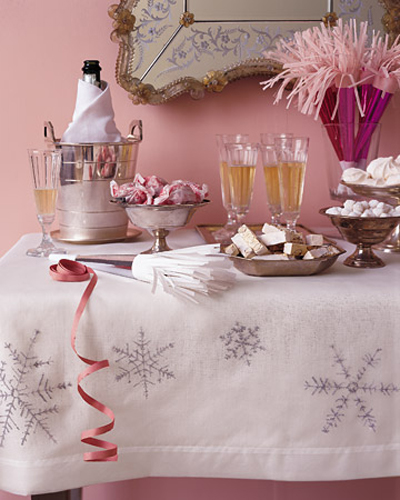 новогодняя скатерть, снежинки, принты, вышивка, cornflakes, xmas.