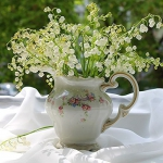 spring-decor-ideas-from-lily-of-the-valley-vases-style2-8