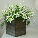 spring-decor-ideas-from-lily-of-the-valley-vases-style3-4