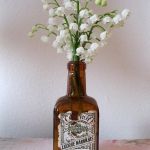 spring-decor-ideas-from-lily-of-the-valley-vases-style4-2