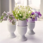 spring-decor-ideas-from-lily-of-the-valley-vases-style5-3