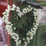 spring-decor-ideas-from-lily-of-the-valley4-2
