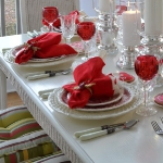 st-valentine-red-white-table-setting1-11.jpg