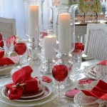 st-valentine-red-white-table-setting1-5.jpg